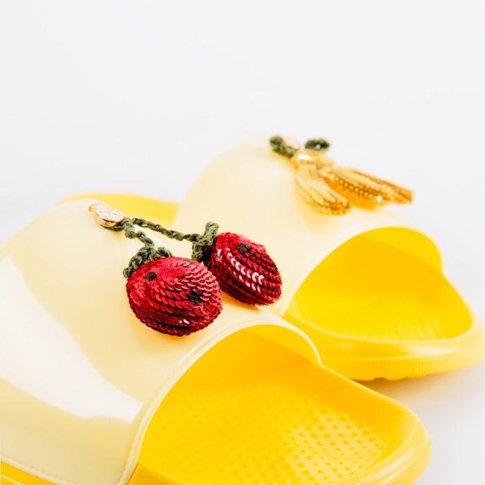 Chinelo Amarelo