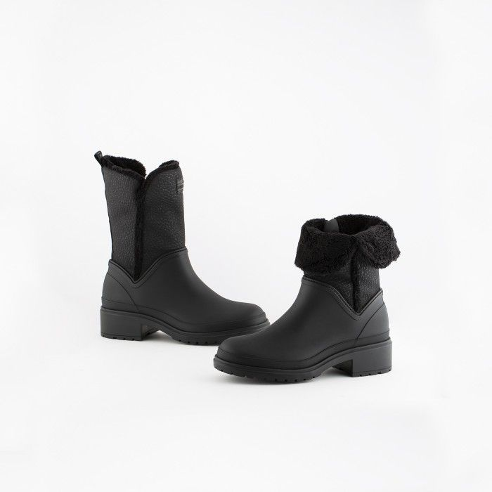 Lemon Jelly | Black Low Boots with Fur Interior | Vegan KARLI 01