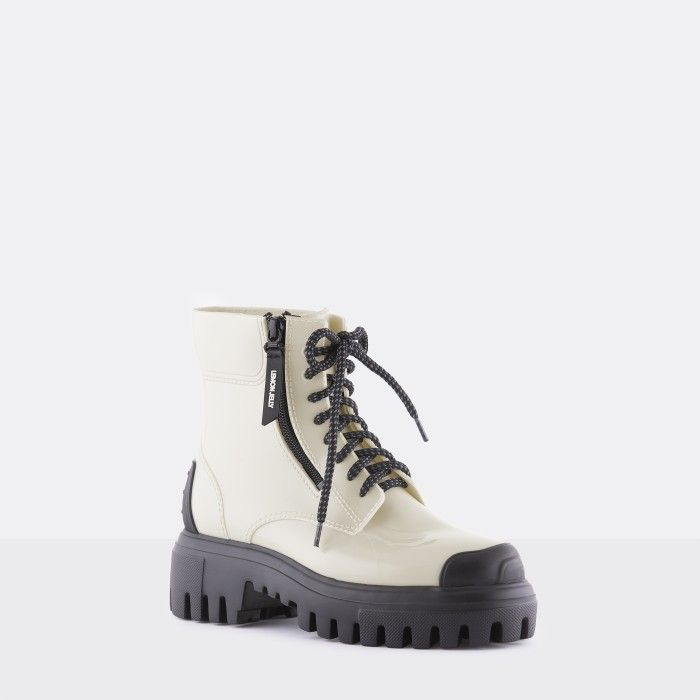 Lemon Jelly Light White Boots w/ Laces and Toecap KINSLEY 03